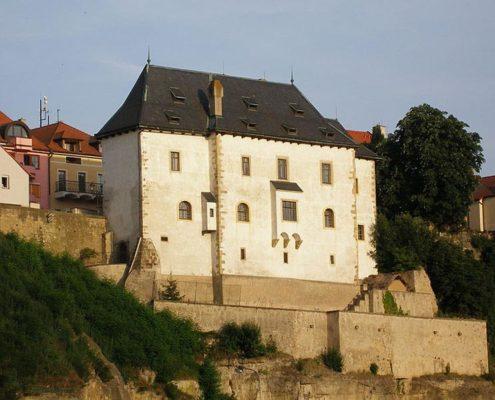 """Замок с привидениями и """"Гранатовый браслет"""". Замок Темпль"""