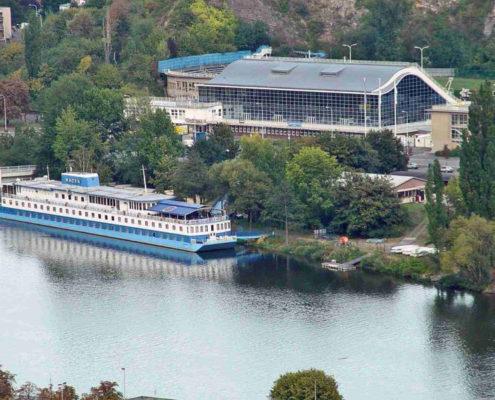 Отели, ботели, хостелы — 13 лучших мест Праги. Ботель «Botel Raker»