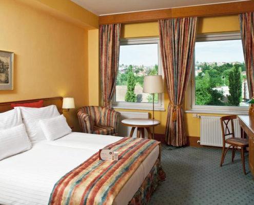Отели, ботели, хостелы - 13 лучших мест Праги. Отель «Hotel International Prague»