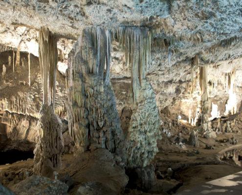 Моравский Карст: путешествие по подземной реке к озеру. Пещеры Пункевни