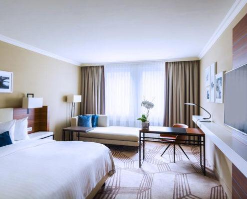 Отели, ботели, хостелы — 13 лучших мест Праги. Отель «Prague Marriott Hotel»